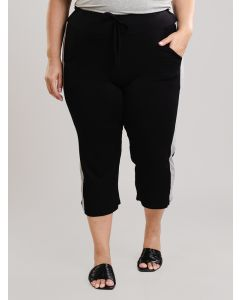 Calça Feminina Pantacourt Plus Size Malha - Preto e Branco