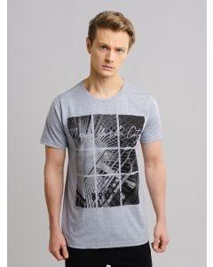 Camiseta Masculina Estampada - Cinza